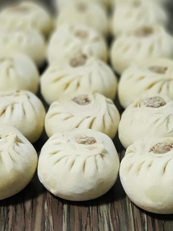 Мэр Улан-Удэ призвал голосовать за буузы, которые вкуснее сыра