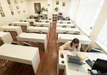 Согласно официальной статистике, в последние дни в стране начался заметный рост количества учебных заведений и классов, закрытых на карантин