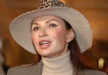 Эвелина Блёданс рассказала о трагедии младшей сестры