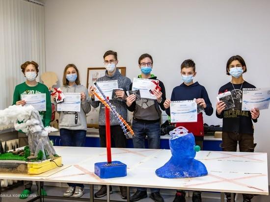 «Кипящие мозги»: юные петрозаводчане создали невероятные арт-объекты для Центра воды