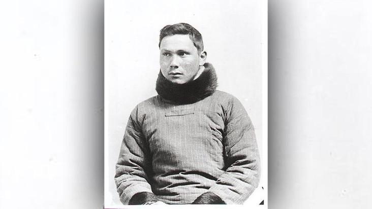 Черное пятно в дневнике полярника восстановило детали его смерти