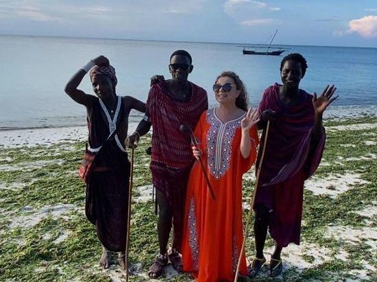 Королёва сбежала от Тарзана в Африку