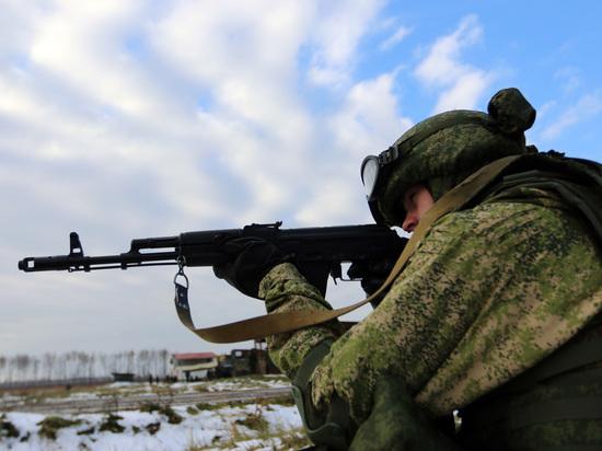 В пресс-службе ФСБ РФ сообщили, что вооруженная группа неизвестных людей пыталась прорваться через российскую границу из Украины