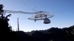 Гигантский радиотелескоп «Аресибо» рухнул в Пуэрто-Рико: видео крушения