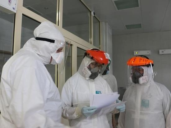 """Коронавирус в Белоруссии все-таки есть - Лукашенко сегодня уже второй раз сходил в больницу, убеждая, правда, пациенток на кислороде """"не париться"""" и не преувеличивать опасности COVID-19"""