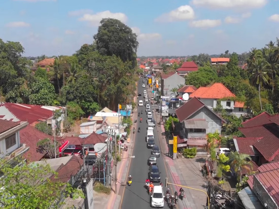 """Благотворительные организации зафиксировали критическое положение на """"райском острове"""" Бали"""