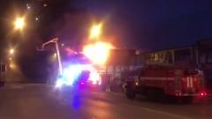 В Ростове-на-Дону загорелся павильон фейерверков: фееричное видео