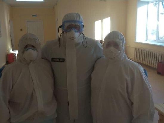 Игорь Греков посетил «красную зону» Клепиковской районной больницы