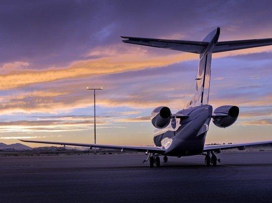 Российский рейсовый самолет задержали в Нью-Йорке