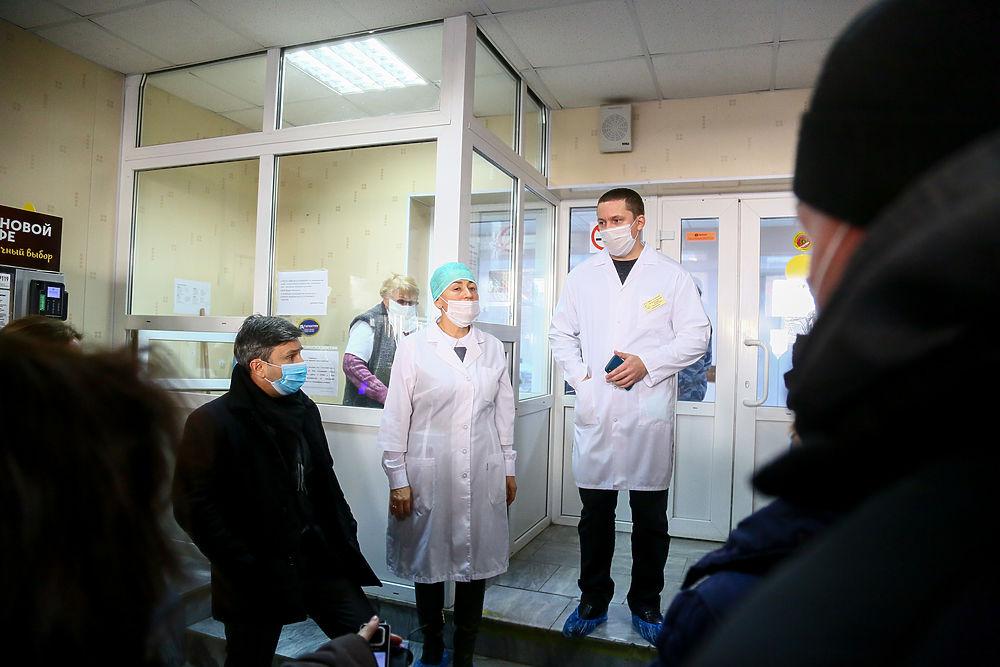 Губернатор Бабушкин отправился к детям, которые отравились хлоркой в бассейне