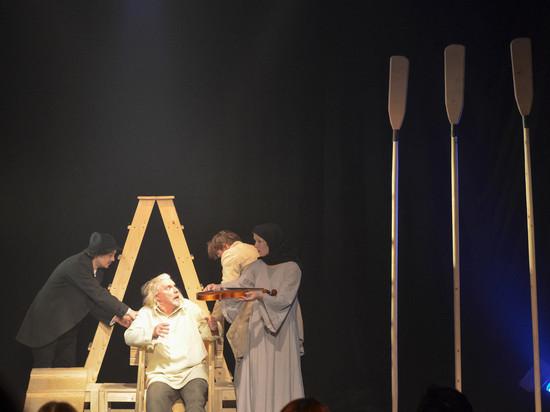 Во владимирском драмтеатре заиграла «Скрипка Ротшильда»