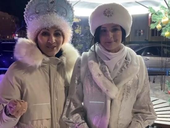 Десятки Снегурочек поздравят с наступающим жителей Ноябрьска
