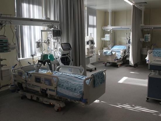 Массовые увольнения в Мариинской больнице не подтвердил Комздрав