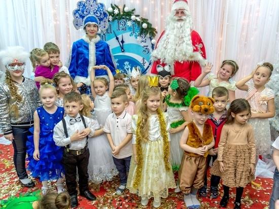 Утренники без родителей: что думают об этом жители Донецка