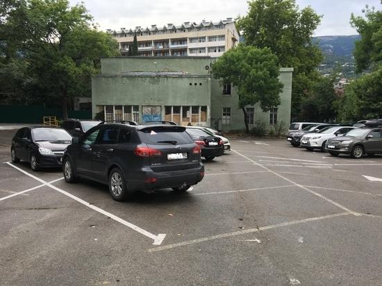 Инициативу врио главы администрации Ялты Янины Павленко поддержали депутаты Ялтинского городского совета