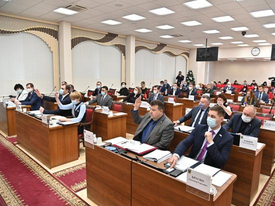 Эксперт о бюджете на 2021 год: Дегтярёв продолжает лоббировать интересы региона в Москве