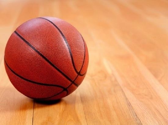 В Твери тренер по баскетболу подозревается в распространении детского порно