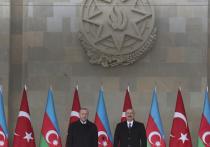 Президент Азербайджана, как и обещал, через месяц после окончания Карабахской войны провел в Баку парад победы