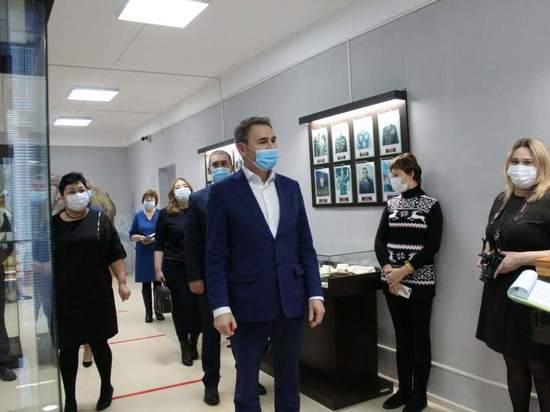 Мэр города Агидель в Башкирии написал «ВКонтакте» пост возмущения, что жители его города не хотят осваивать новые профессии швеи или водителя автобуса или идти работать продавцами