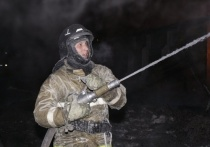 Пожарные Хакасии спасли пьяного мужчину из горящего дома
