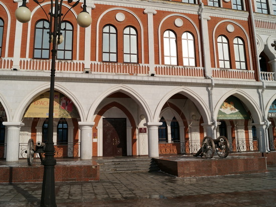 В Йошкар-Оле открывается выставка художественного училища