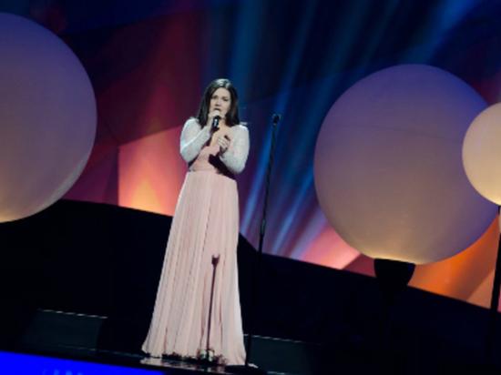Дине Гариповой вручили международную премию за песню «Ай, былбылым»