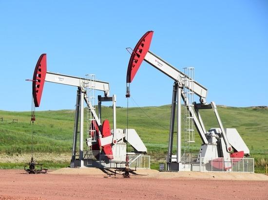 Нефтяные котировки рискуют обвалиться в любой момент