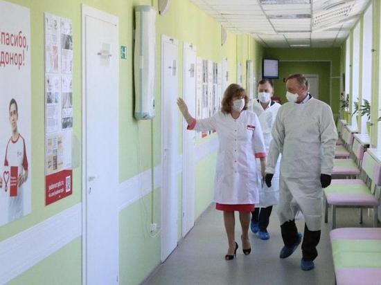"""Роспотребнадзор решил, что ситуация с """"короной"""" в Петербурге стабилизируется"""