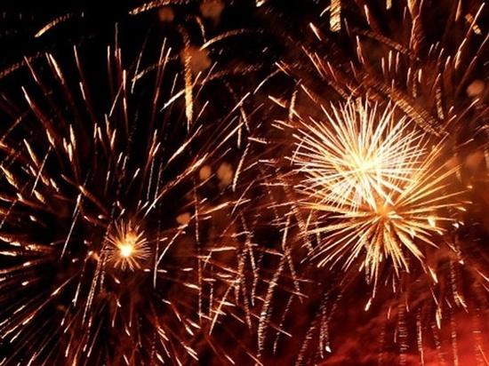 Чебоксарцам выделили 54 площадки для запуска новогодних фейерверков