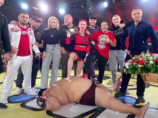 Bellator подписал россиянку, победившую 240-килограммового мужчину
