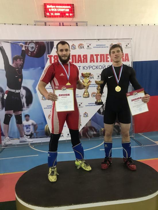 Тяжелоатлеты из ДНР завоевали 4 медали на турнире в Курске