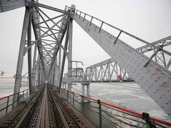 В Волгоградской области запущен новый железнодорожный мост через Дон