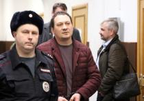 Главный обвиняемый по делу о подбросе наркотиков журналисту Ивану Голунову  Игорь Ляховец наотрез отказался от любых адвокатов