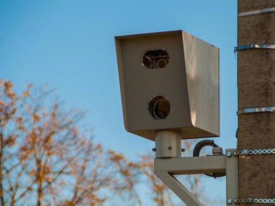 На псковских трассах почти вдвое вырастет число передвижных камер