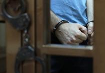 Задержанный сегодня по обвинению в фальсификации улик по делу о перестрелке в башне «Око» 33-летний следователь СК Левон Агаджанян пытался уволиться год назад
