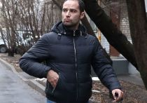 В пятницу, 18 декабря, состоялись очередные слушания по делу Романа Широкова, обвиняемого в умышленном нанесении легкого вреда здоровью арбитра Никиты Данченкова. На заседание по неизвестным причинам не явился ни один заявленный свидетель, а пострадавшая сторона подала иск на 500 тысяч рублей в качестве компенсации и затребовала судебно-психиатрическую экспертизу. «МК-Спорт» о том, что происходило на очередном заседании суда.