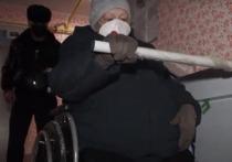 «Единая Россия» поставила подъемник инвалиду из Нового Уренгоя