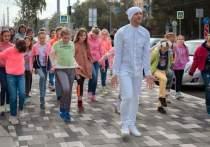 Съемки клипа проходили в августе на проспекте Металлургов накануне его открытия после реконструкции