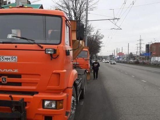 На улицы Краснодара вышла спецтехника
