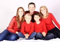 Законопроект о выплатах всем родителям разработают в Госдуме