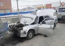Утром в понедельник, 21 декабря, на улице Ватутина в Кировском районе произошло ДТП, в котором погиб 62-летний водитель автомобиля «Волга»