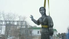 Видео демонтажа памятника Аленке напомнило фильм ужасов
