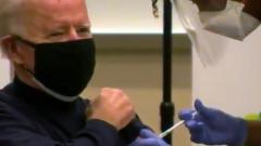 Байден привился от коронавируса в прямом эфире: взгляд растерянный