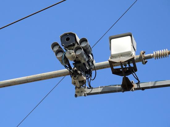Дорожные камеры  обогащают казну за счет машин, стоящих в заторах