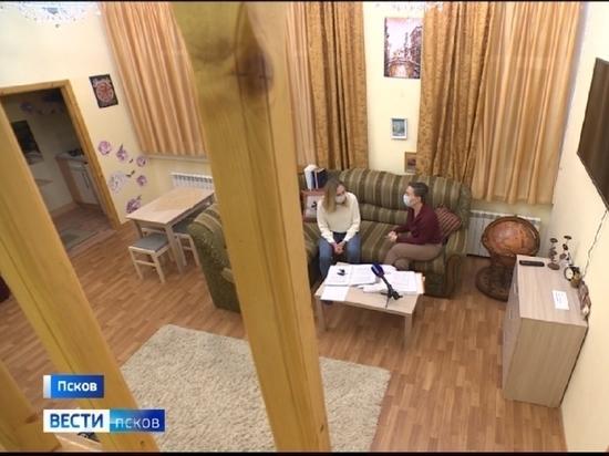 Не пущать: почему соседи через суд запретили псковичам сдавать квартиру