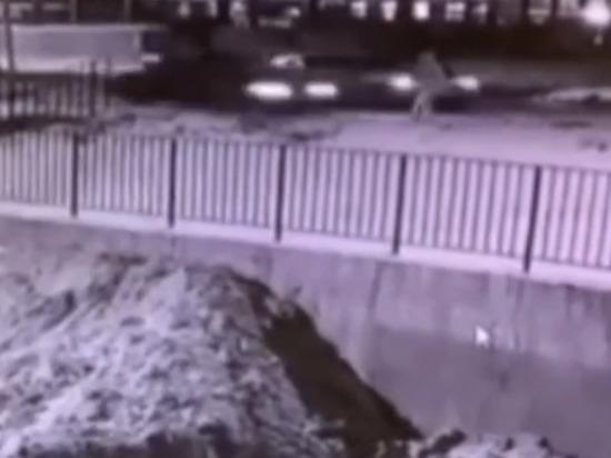 Водитель иномарки сбил 21-летнюю девушку на переходе в Чебоксарах