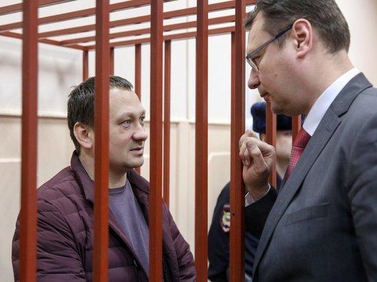 Лидеру обвиняемых Игорю Ляховцу запретили привлекать супругу в качестве адвоката