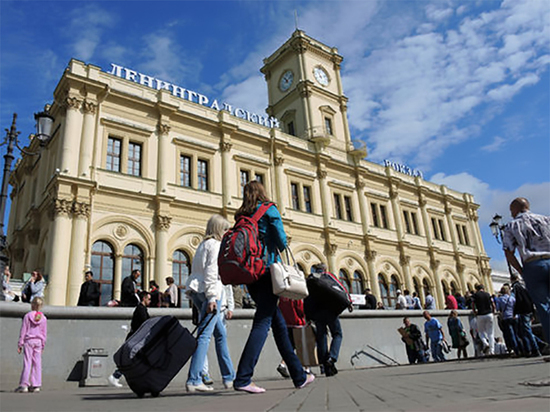 В Москве провели тотальную дезинфекцию трех вокзалов