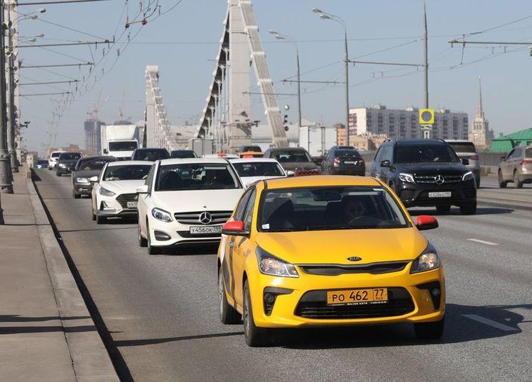 В новый год – без закона о такси?