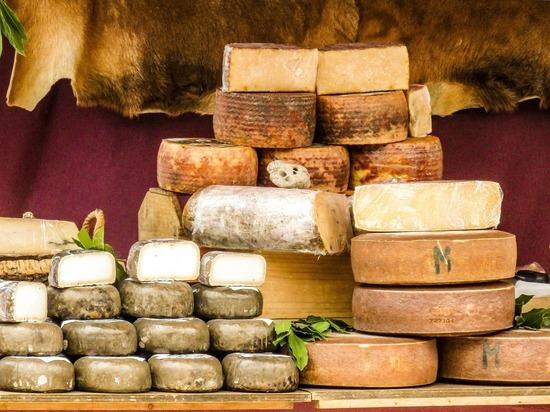Работники фабрики на Кубе украли около полторы тонны сыра